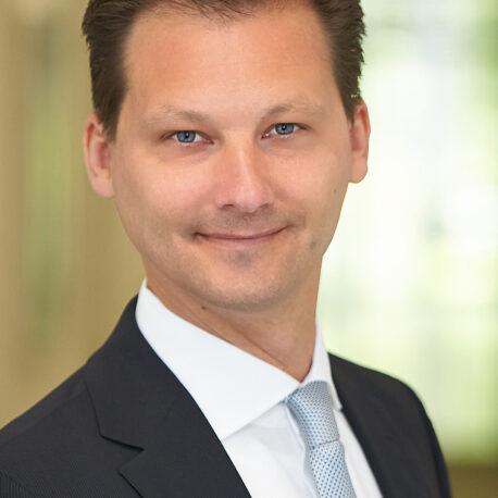 Dr. Michael Schmidtke